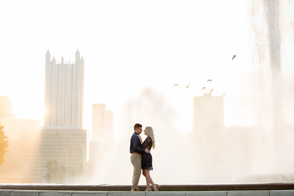 Pittsburgh Engagement Photographer Point State Park